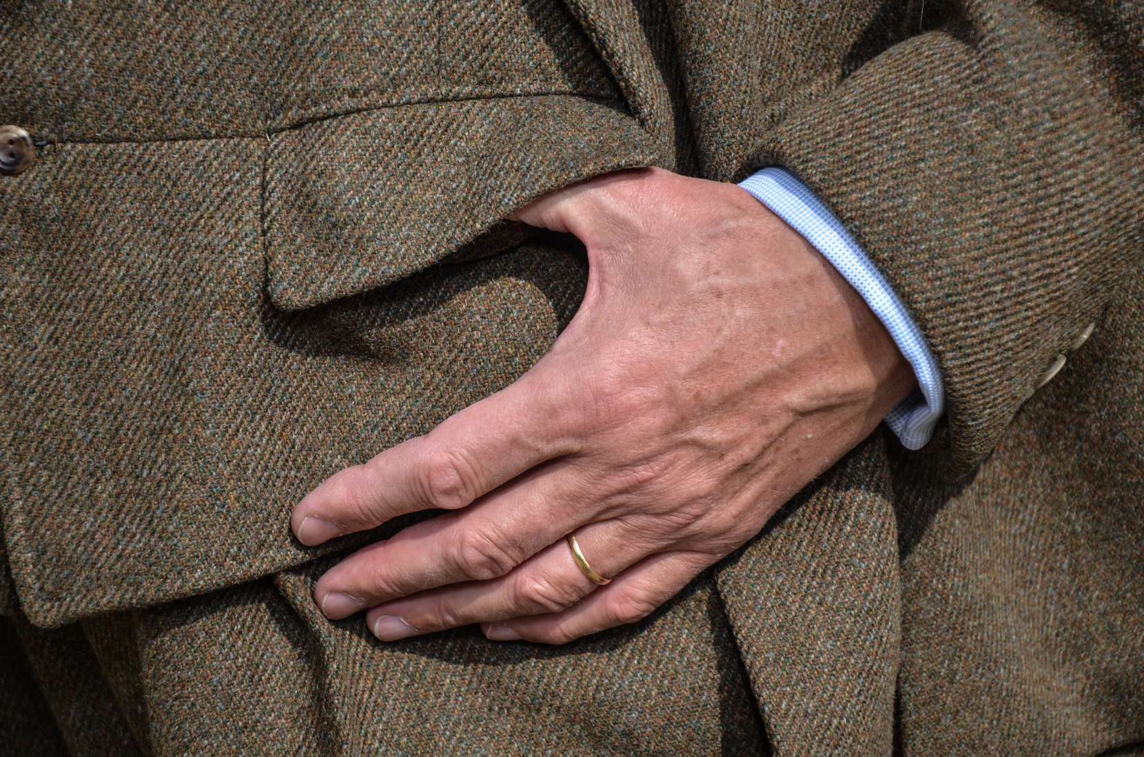 Garment-08-Shooting-Suit-0164-1660x1099.jpg